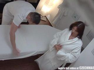 брюнетка, реалност, hardcore sex