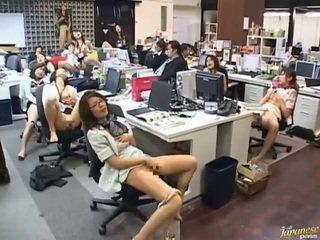 Ázsiai hardcore szex kifejezett