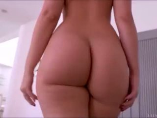 Alexis texas' bythë walking mini përmbledhje