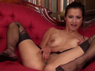 Dusky beauty: kostenlos strümpfe hd porno video 8b