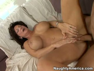 Mesum mom aku wis dhemen jancok deauxma gets a fresh load of cum in her mouth