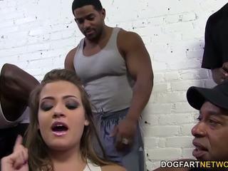 Ashlynn leigh bbc anāls gangbang, bezmaksas hd porno 37