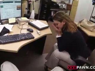 Foxy businesslady gets fodido