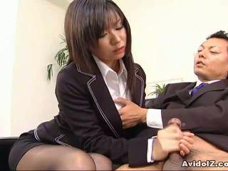 Sexy tajemník satomi maeno sucks an ošklivý čurák!