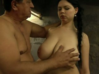 výstřik, brunetky, velká prsa