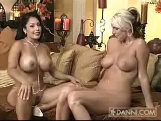 Nina Mercedez and Emieliana 2
