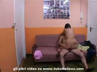 Anya apu és daugher olasz incest orgia