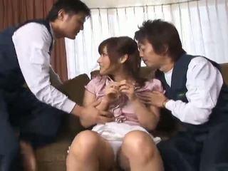 Nao ayukawahot á châu mô hình enjoys cô ấy friends mơn trớn cô ấy nóng âm hộ