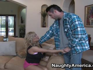 ngực lớn, pornstars, big tit bitch gets fuck