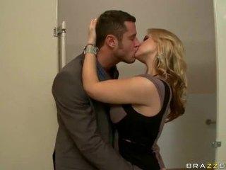 Didelis papai seksas video apie žmonos