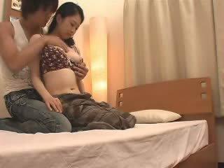 일본의 엄마 likes 그녀의 stepson a 제비 비디오