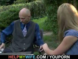 Hung stranger does terangsang muda istri