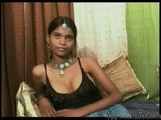 Pieptoasa indian adolescenta creampied și inpulit mercilessly
