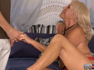 Mandi mcgraw cums gives ve takes o içinde the anne