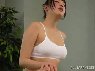 Honey reiko kobayaka was to sexcited for petting