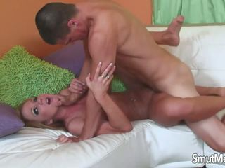Super Babe MILF Fucked by Young Guy, Free Porn ce