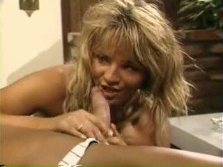 Erica boyer fucks guy míg nina hartley sucks neki ki - porn videó 801