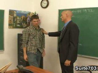 مثلي الجنس معلم troy سخيف طالب william شاق