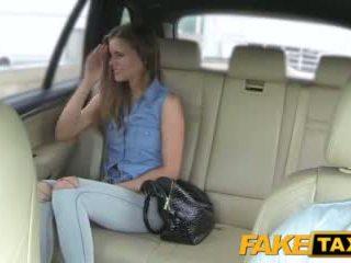 Faketaxi babae wants upang makita drivers malaki titi