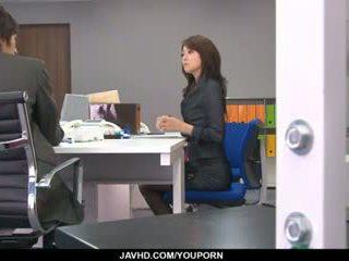 ऑफीस बिंबो, maki hojo, plays साथ उसकी fanny