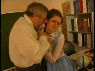 Lehrer hart rangenommen deutsch puppe
