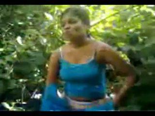 North індійська село дівчина трахкав в джунглі