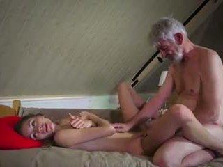 Viejo y joven joder: viejo joder joven porno vídeo 90