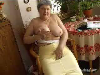 가슴, 늙은, 할머니