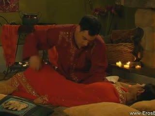 Kamasutra con indiano coppia