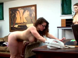 Four eyed tinedyer gets spanked, Libre tinedyer spanked hd pornograpya 8e