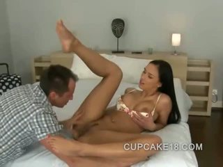 Long legged babe gets tongue inside her and then she is down to get fucked