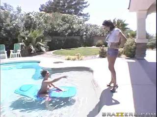 امرأة سمراء, الجنس المتشددين, يمارس الجنس مع ديك بلدي كبير