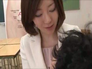 japonec, skupinový sex, matka
