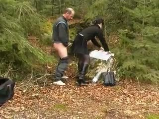 热 褐发女郎 和 老 男人, 自由 肛交 色情 视频 44