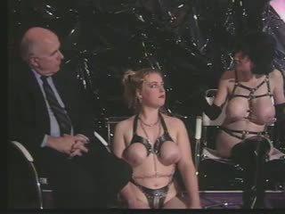 Dominante ühiskond: tasuta vanem aastakäik porno video fc