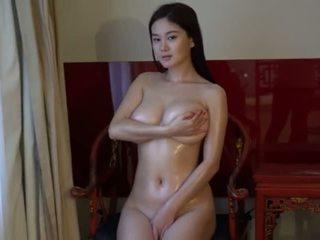 morena, jovem, big boobs