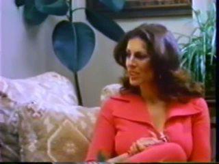 """Kay parker gets """"ravaged"""" līdz viņai vīrs"""