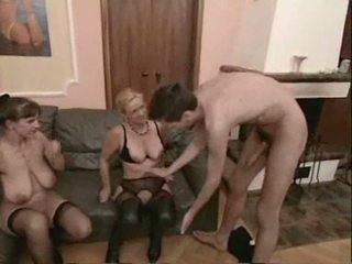 Ερασιτεχνικό ώριμος/η swingers τρίο σεξ βίντεο