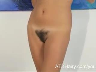 Uk amatőr liz masturbates neki mermaid punci