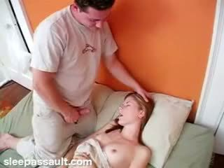 Tidur sister fucked oleh lustful saudara