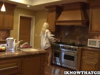 blondes, babes, kitchen