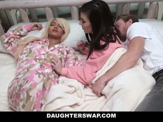 Daughterswap - swapped ja perses jooksul sleepover
