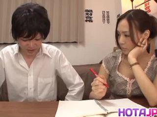 Nakal yukina momota likes kepada mendapatkan teruk