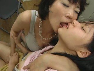 Japonsko zreli lezbijke hits na najstnice video