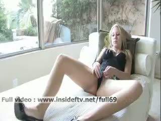 Alanna _ amaterke blondinke mastrubacija ji muca s a velika
