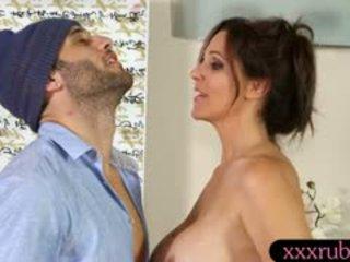 كل امرأة سمراء, كبير الثدي حار, لطيف لعق أكثر
