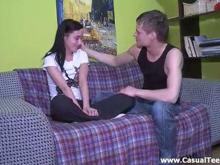 Pussyhammering me një vogëlushe