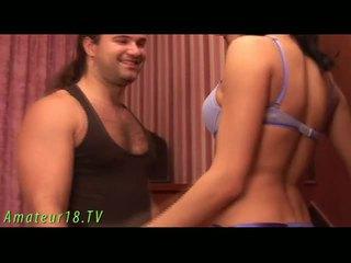 שחרחורת dame stripping