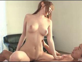 Gal cumcovered pas seks