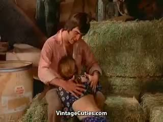 פורנו רך סקס נכון ב the barn